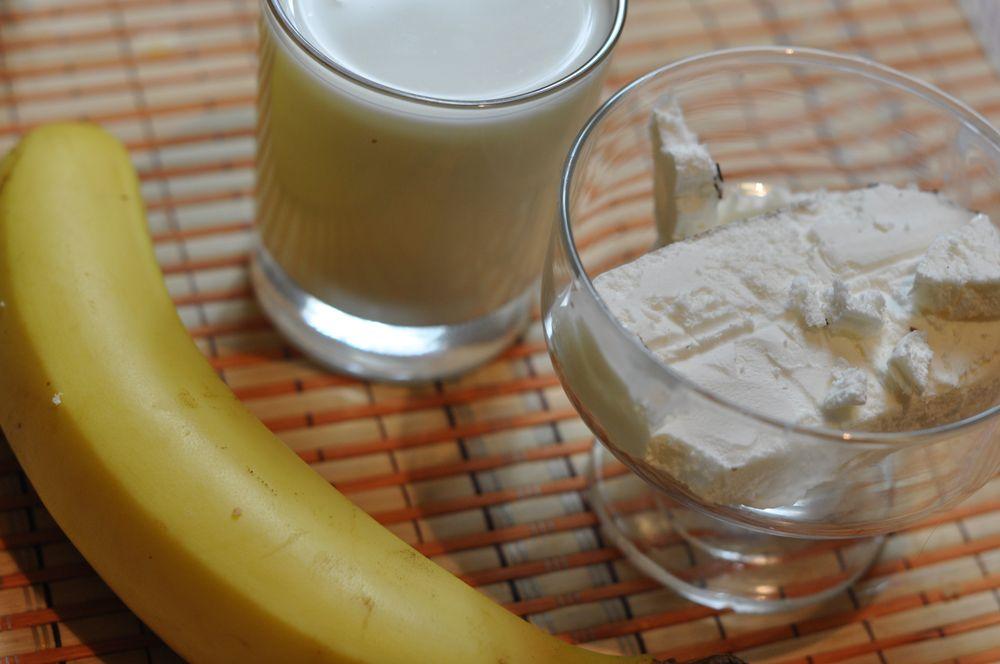 Как сделать банановый коктейль без мороженого и молока