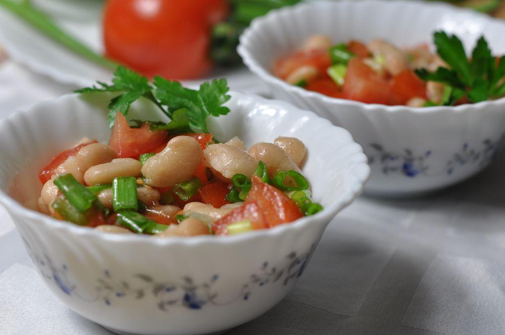 Вкусный салат из фасоли консервированной