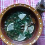 Суп из красной рыбы со шпинатом