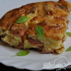 Пирог с сосиской и сыром