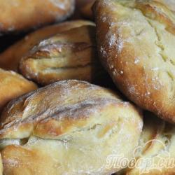 Пирожки с начинкой в духовке