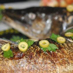 Как правильно приготовить рыбу: фаршированная щука