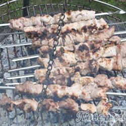 шашлык из свинины на домашнем маринаде