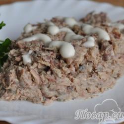 Закуска из консервированной скумбрии