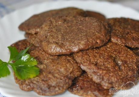 Как правильно приготовить печень говяжью: оладьи