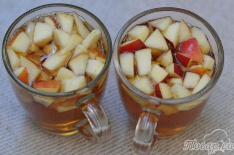 Чай с яблоками и корицей: готовый напиток