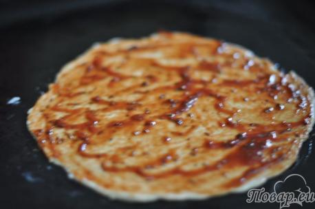 Тесто с соусом для приготовления домашней пиццы без дрожжей