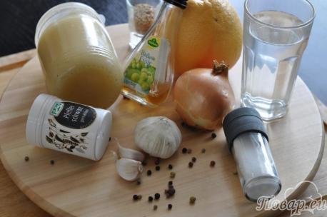 Ингредиенты для маринада к куриным ножкам
