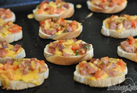 Горячие бутерброды в духовке: готовое блюдо