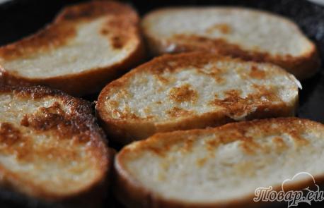 Гренки с помидорами и сыром: гренки