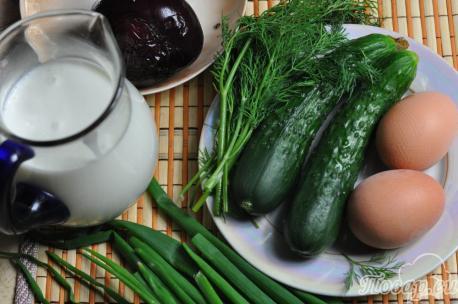 Холодник по-белорусски на кефире: продукты