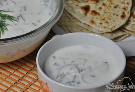 Холодный овощной суп на кефире: готовое блюдо