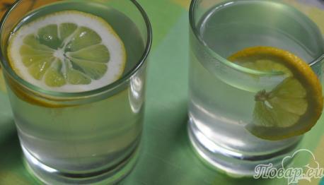 Имбирный напиток с лимоном и мёдом: готовый напиток