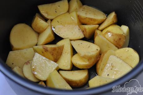 Картофель по-деревенски в мультиварке: картошка в чаше