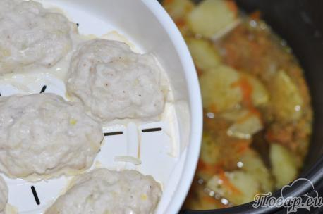 Картофель с котлетами в мультиварке: готовое блюдо