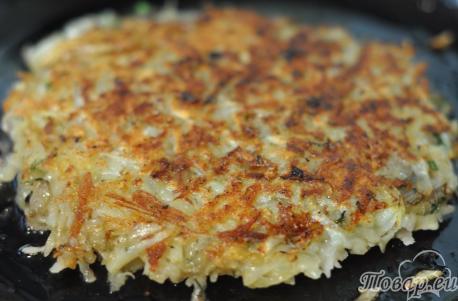 Картофельная лепёшка с грибами: готовое блюдо