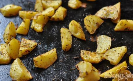 Картофельные дольки в духовке: готовое блюдо