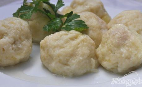 Картофельные клёцки с мясом: готовое блюдо