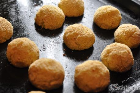 Картофельные крокеты с курицей: готовое блюдо