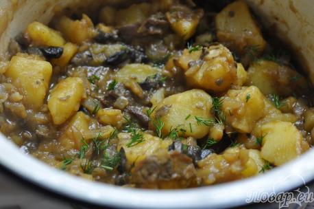 Картошка тушёная с грибами: готовое блюдо