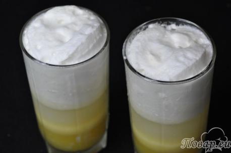 Коктейль с мороженым и соком: готовый напиток