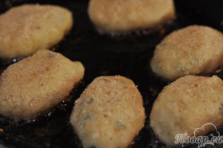 Котлеты из картофельного пюре: на сковороде