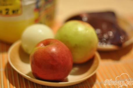 ингредиенты для приготовления печени по-берлински с яблоками