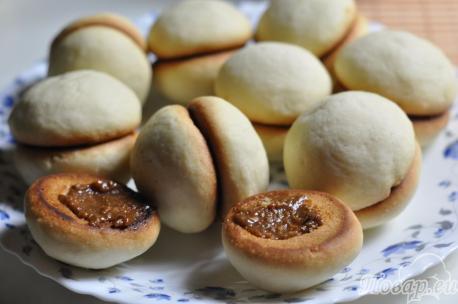 Печенье Персики со сгущёнкой: половинки с начинкой