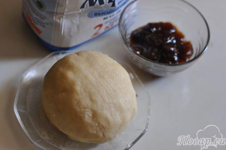 ингредиенты для песочного печенья с вареньем