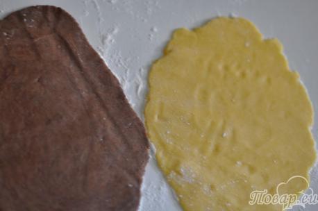 Пласты теста для приготовления песочного печенья Улитка