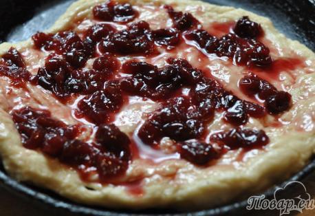 Пирог дрожжевой в мультиварке: тесто с начинкой
