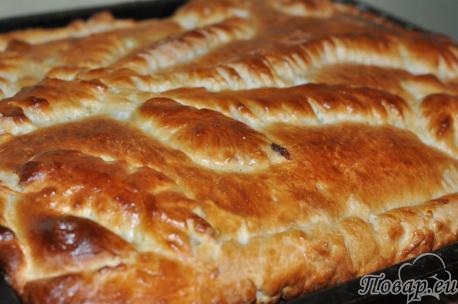 Пирог с корицей из дрожжевого теста: готовая выпечка