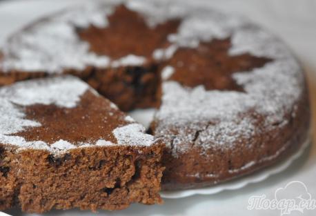 Пирог с сухофруктами в мультиварке