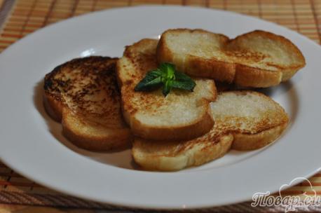 Постные гренки из белого хлеба: готовое блюдо