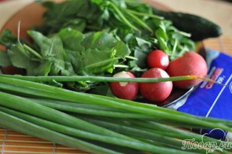 ингредиенты для приготовления холодника из щавеля