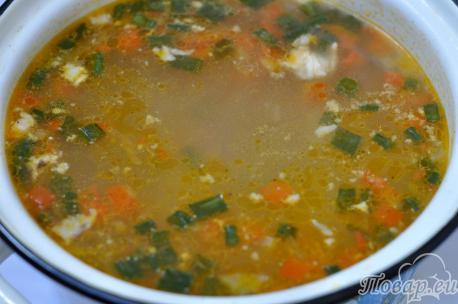 Рассольник с перловкой: готовый суп
