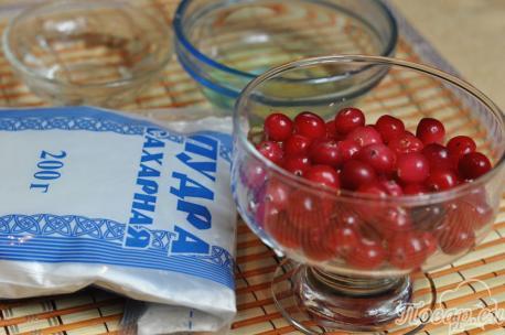 Рецепт клюквы в сахарной пудре: продукты