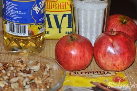 Рецепт коврижки с яблоками: продукты