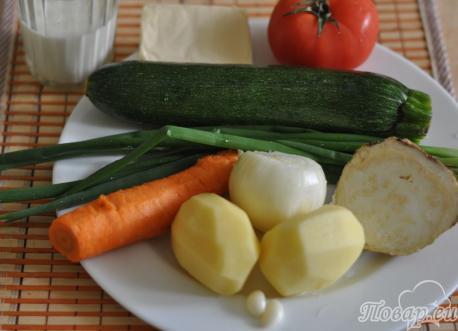 Рецепт овощного супа-пюре с сыром: продукты