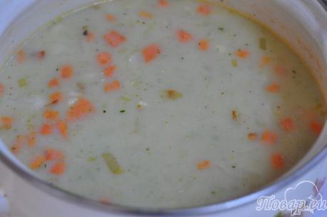 Рецепт овощного супа-пюре с сыром: готовый суп