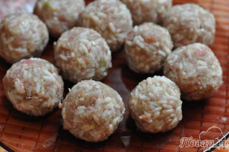 Рецепт тефтелей ёжиков: шарики
