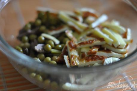 Омлет для приготовления салата с печенью и омлетом
