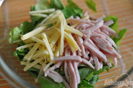 Ингредиенты для салата с ветчиной и сыром