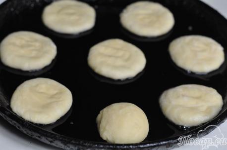 Шаньги с картошкой: лепёшки
