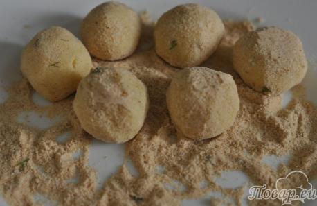 Шарики картофельные во фритюре: панировка