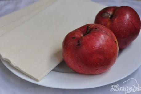 Слоёные розочки с яблоками: продукты