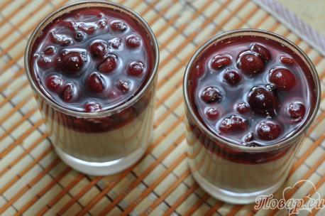 Десерт из сметаны с фруктами: фруктовый слой
