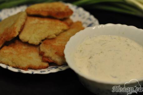 Сметанный соус к картофельным драникам