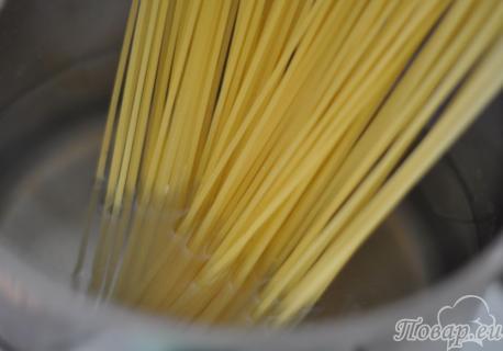 Как правильно варить спагетти: шаг1