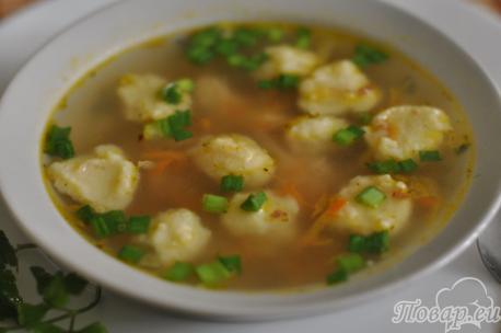 Суп с гречкой и картофельными клёцками: готовое блюдо